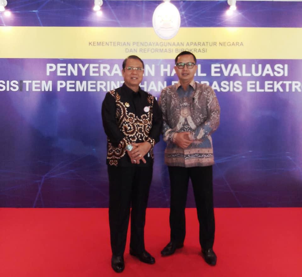 Bupati Seluma H. Bundra Jaya, SH, MH menghadiri Acara Penyerahan Hasil Evaluasi Sistem Pemerintahan Berbasis Elektronik (SPBE) Tahun 2018